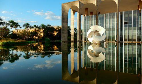 Itamaraty Palace in Brasilia designed by Oscar Niemeyer, de most famous brazilian architect